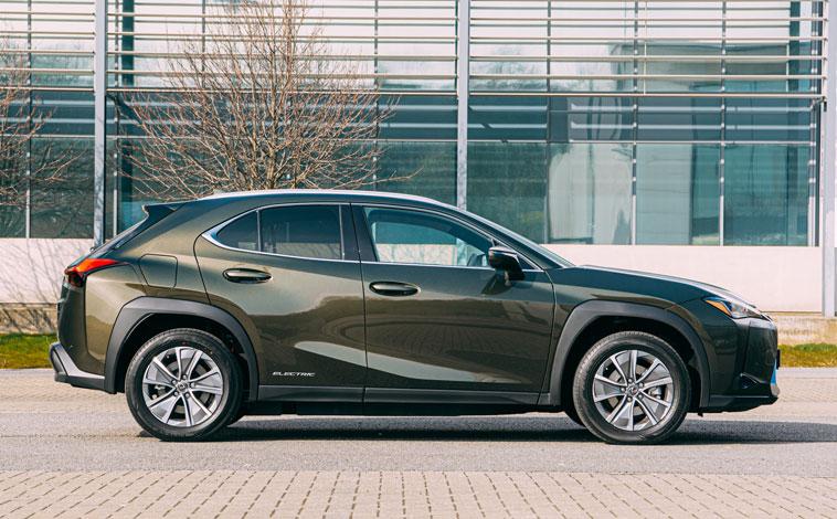 Lexus UX 300e side